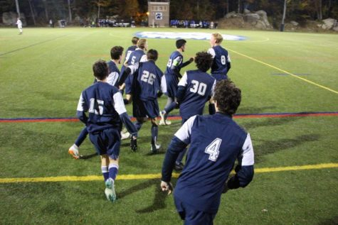 Boys Win Soccer Shoreline Semi-Finals