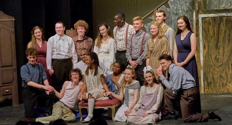 Vanessa+Horan+and+the+cast+of+an+ECA+theatre+production