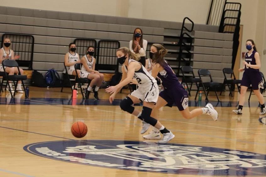 Caitlyn Donadio Basketball