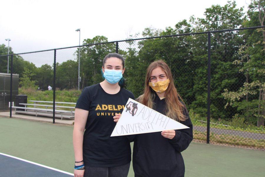 Kayleen Kowel and Sarah Dautret